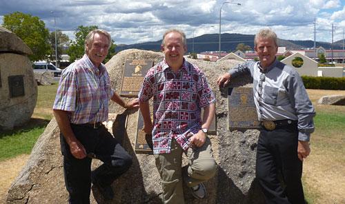 Frank Ifield, producer/webmaster Bob Howe, Wayne Horsburgh