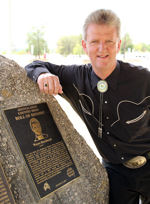 Wayne and his plaque...unveiled!
