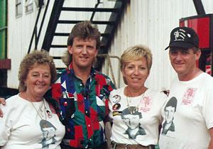with Mavis & Julie & Barry Clark at Hodag Festival 1990 USA